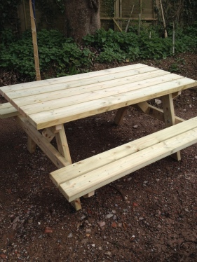 Dillan bench 1 small